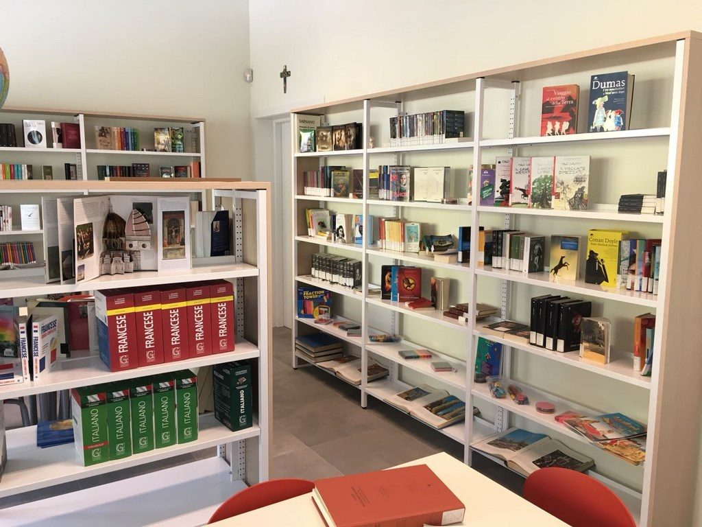 Biblioteca_3-1024x768