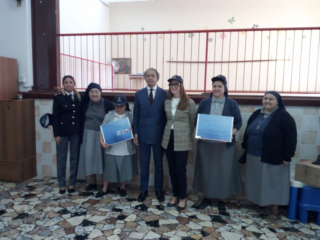 pignataro-visita-scuola-potenza-picena-2-1024x768