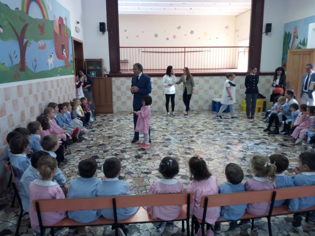 pignataro-visita-scuola-potenza-picena-3-1024x768